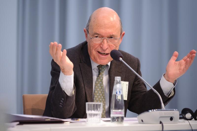 Ομιλία στο Ίδρυμα HEINRICH BΟLL με θέμα: «Ελλάδα quo vadis;»