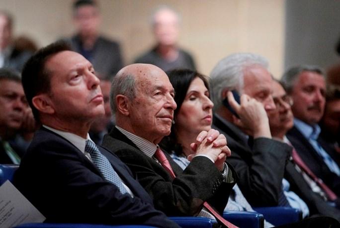 """Άρθρο των Κώστα Σημίτη και Γιάννη Στουρνάρα με τίτλο: """"Ήταν η Ελλάδα έτοιμη για το ευρώ;"""""""