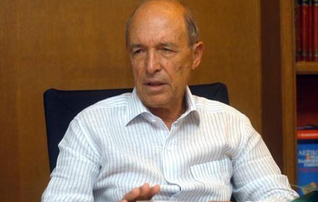 Δήλωση περί διαδοχής στην ηγεσία του ΠΑΣΟΚ και ανακοίνωση των Εκλογών της 7ης Μαρτίου 2004