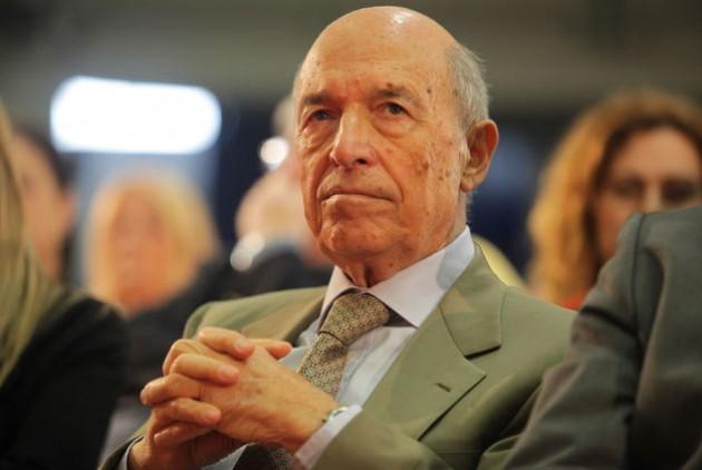 Δήλωση του πρώην Πρωθυπουργού Κώστα Σημίτη για την επίθεση στην Athens Voice